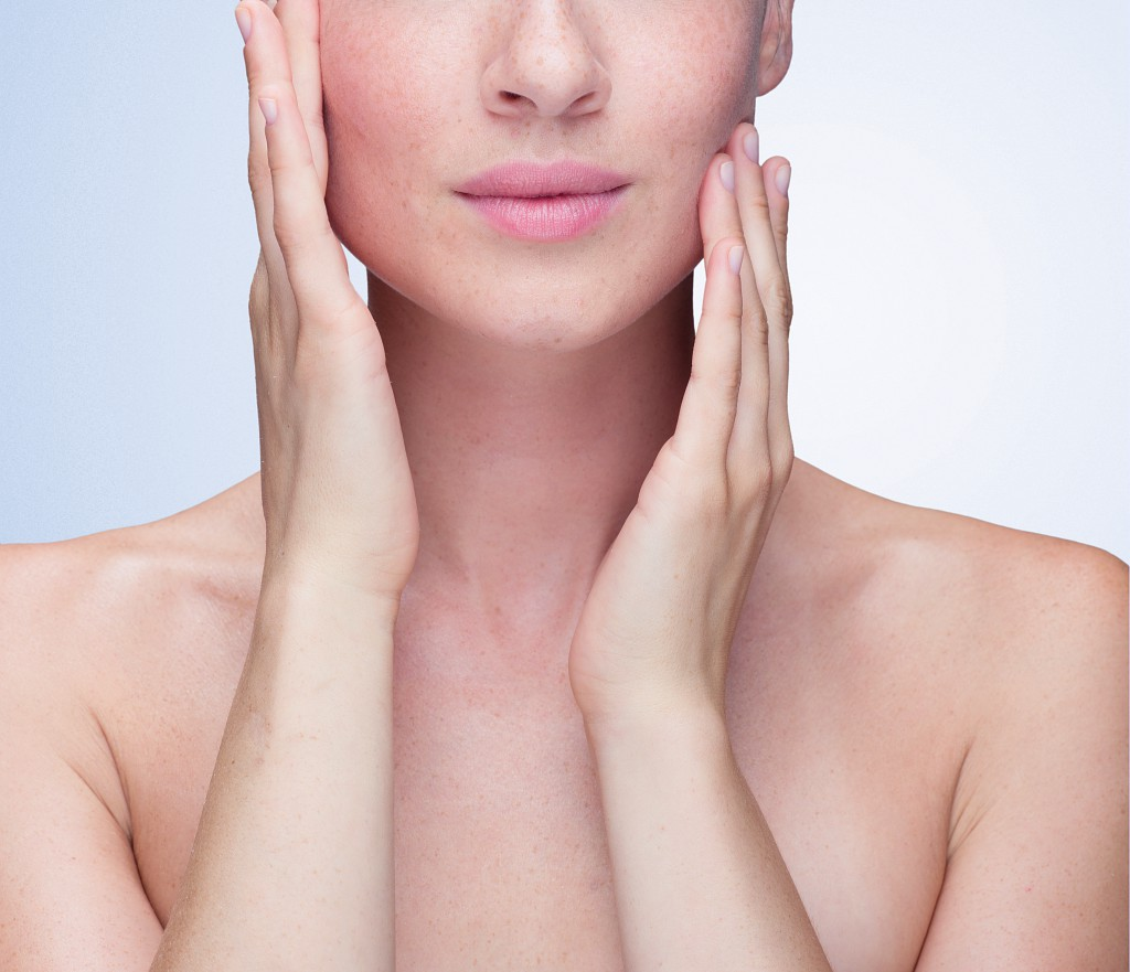 Dermatólogos líderes educan sobre hábitos de limpieza facial
