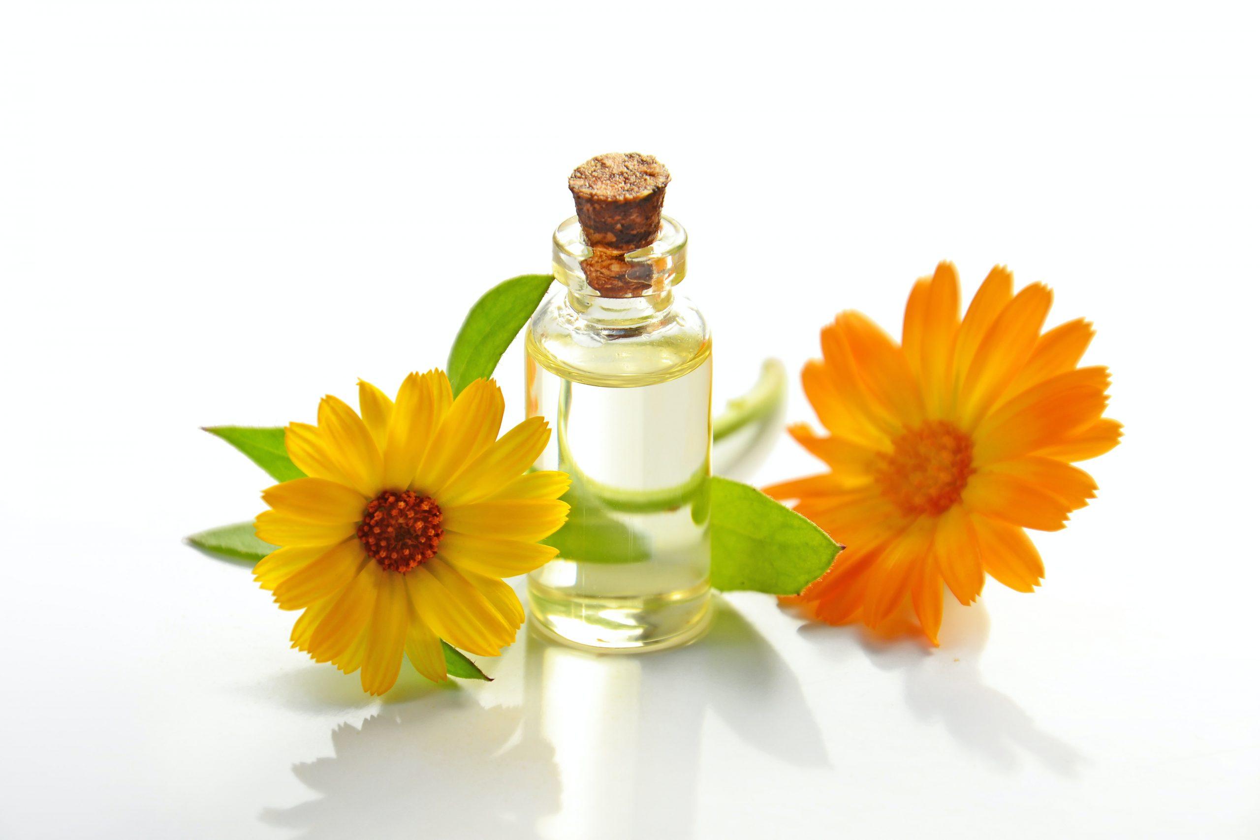 Aceites naturales con vitamina C para el cuidado de la piel
