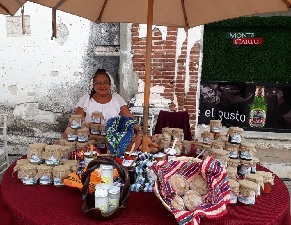 Piedad Quintana y su emprendimiento de mermeladas y salsas artesanales