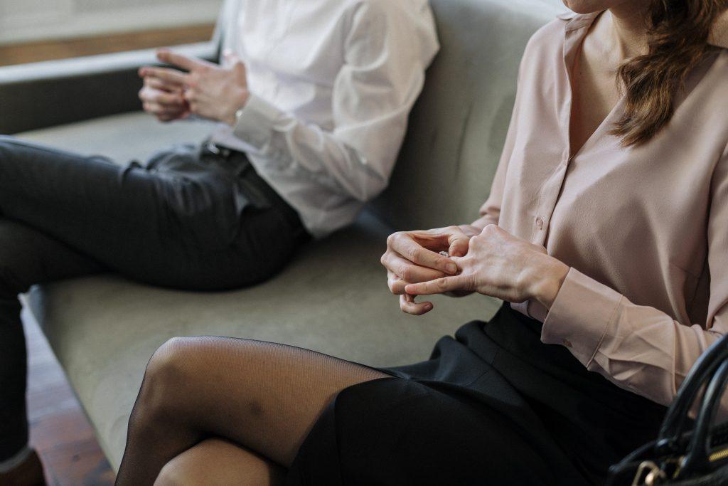 ¿Cómo sé si me estoy volviendo dependiente de mi pareja?