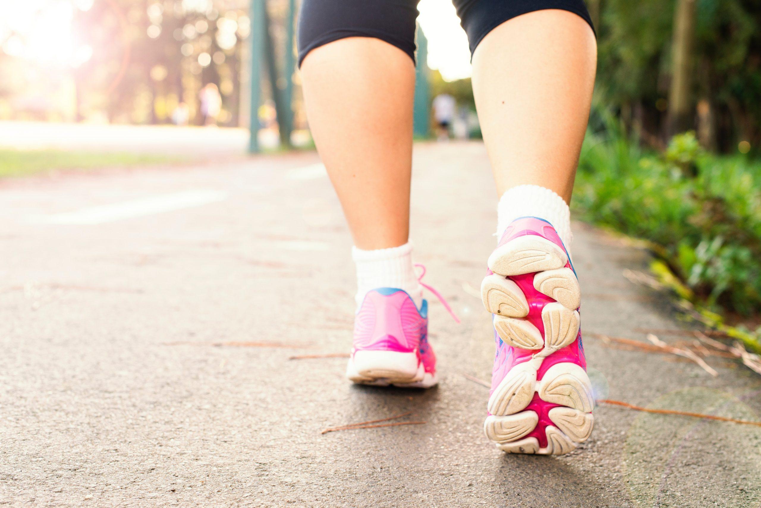 Por qué caminar nos hace tan bien