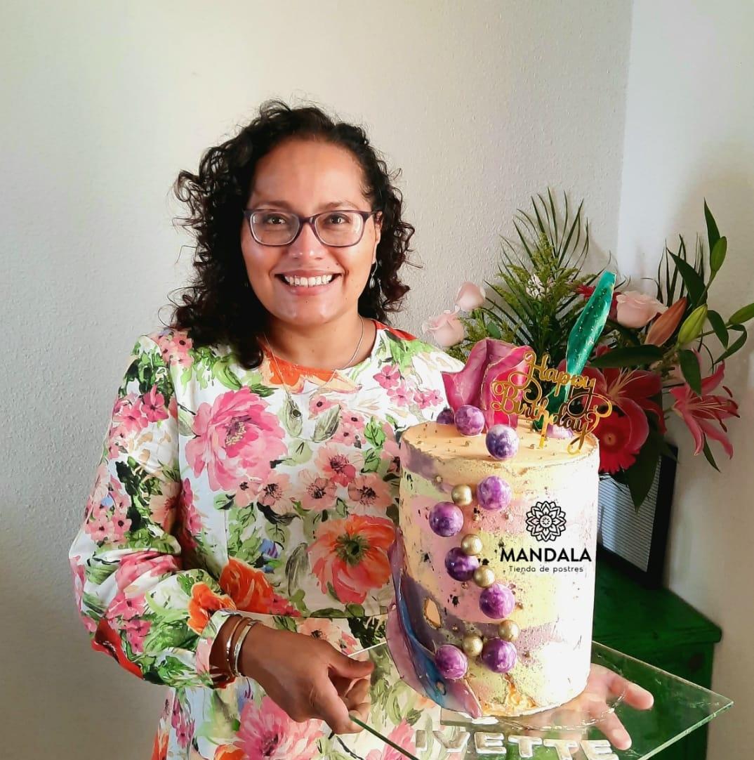 Conozca la historia de Ivette Vásquez y su emprendimiento de postres
