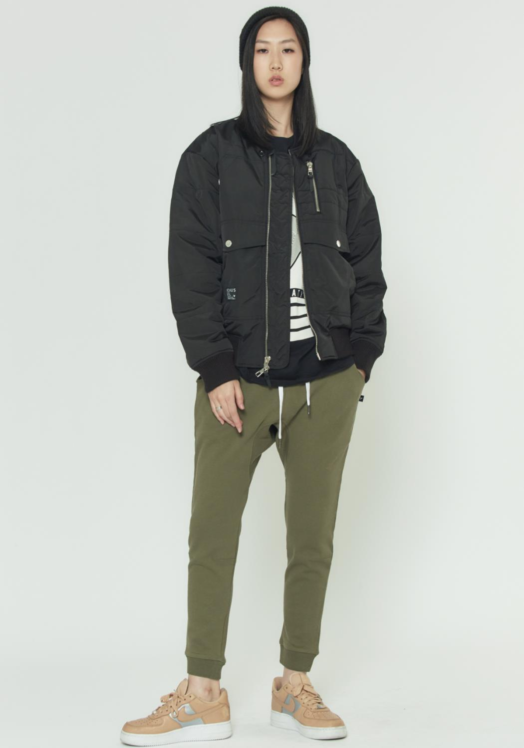 BOMBER JACKET WITH MULTIPLE POCKETS