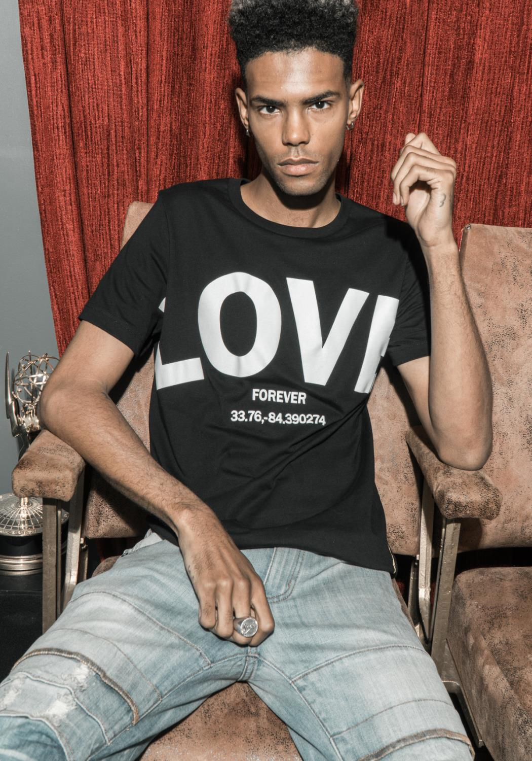 Rowdy Mens LOVE Graphic Tee
