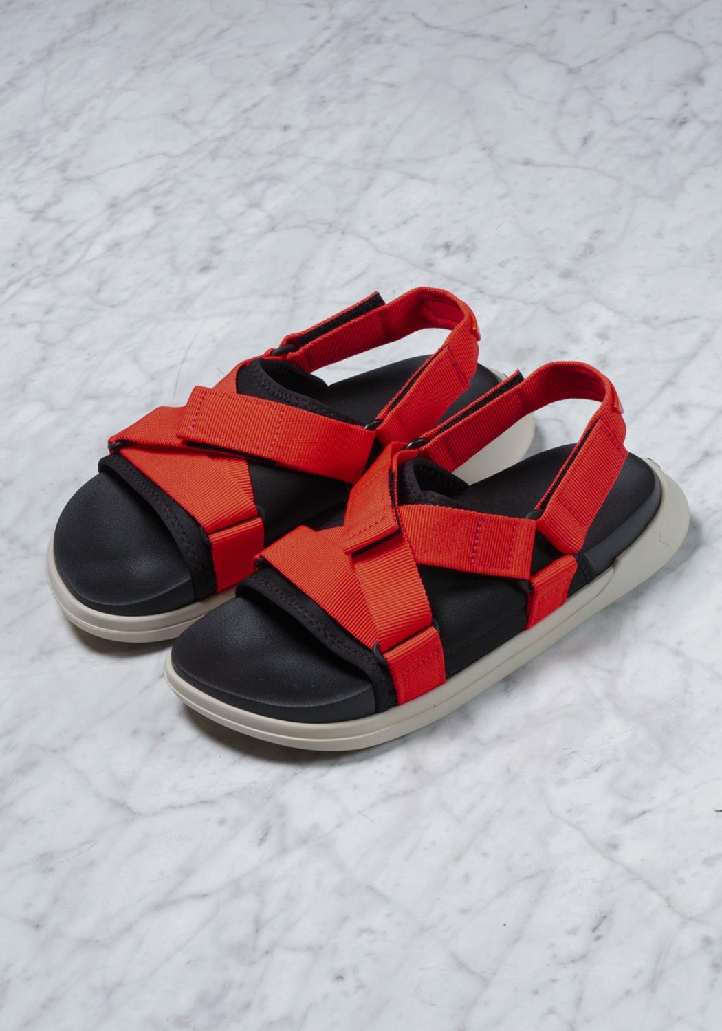 Rider Sandals in Red