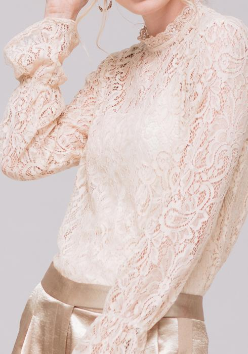 Lace Turtle Neck Top