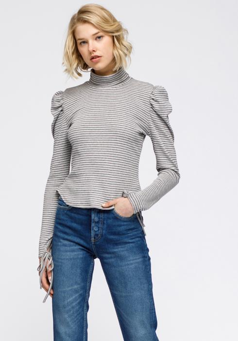 Turtle Neck Puff Sleeve Knit Top