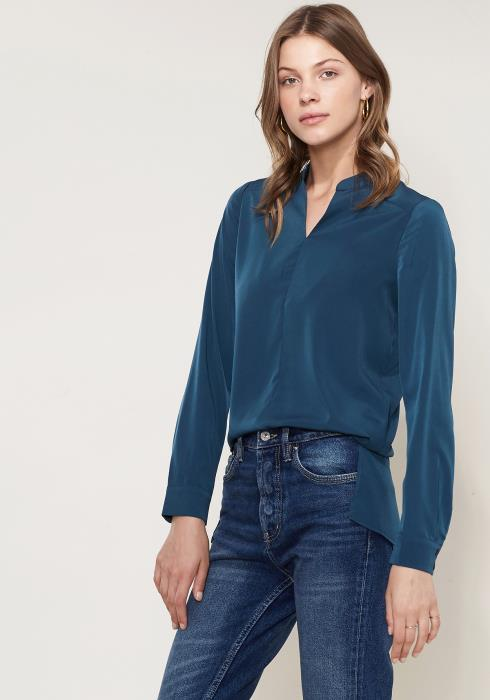 Ro&De Noir Lace Back Blouse