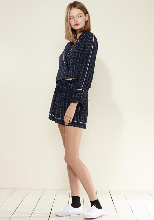 Nurode Grid Print High Waist Tie Front Shorts