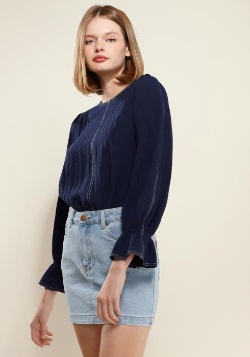 Nurode Stitch Accent Puff Shoulder Bell Cuff Top