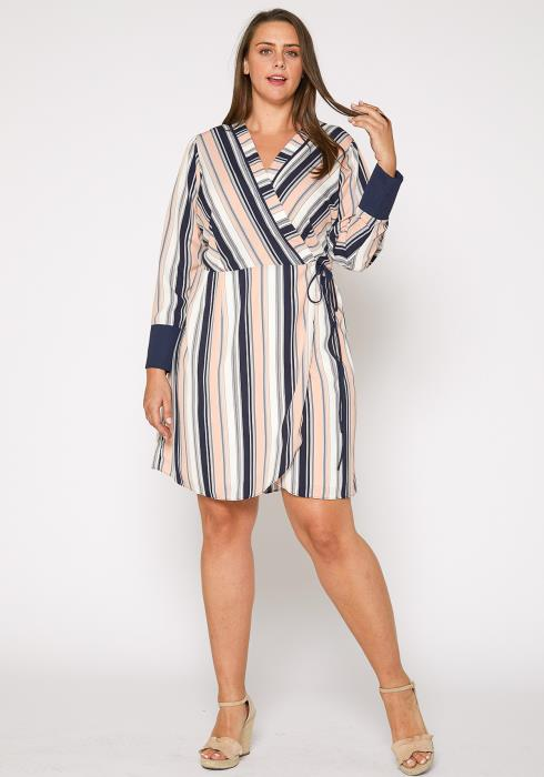 Nurode Plus Size Printed Wrap Dress With Cuff Binding