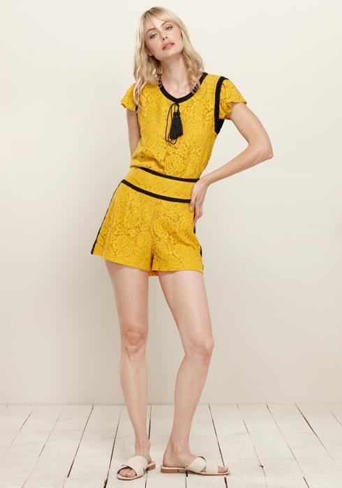 Pleione Floral Lace Shorts