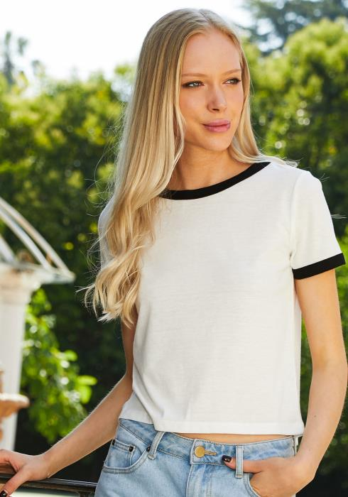 Tansy Contrast Trim Cropped Tee
