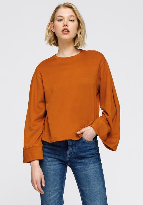 Nurode Crewneck Bell Sleeve Sweatshirt Women Clothing