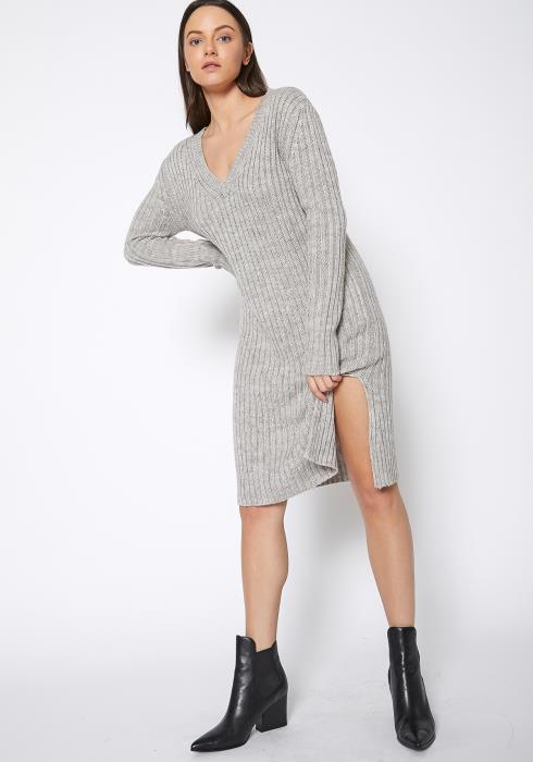 Ro & De Ribbed Knit V Neck Sweater Midi Dress