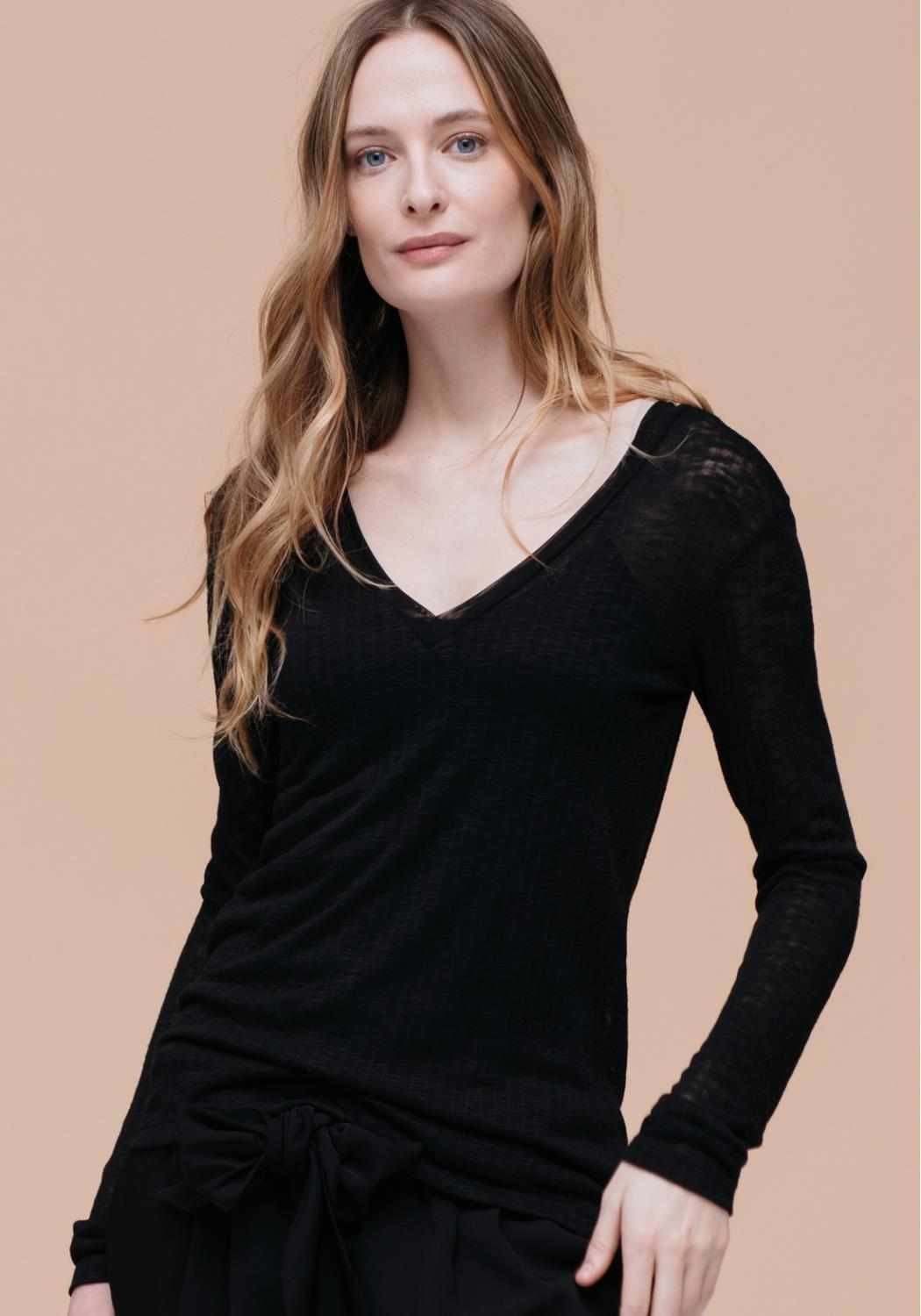 V-Neck Thermal Top
