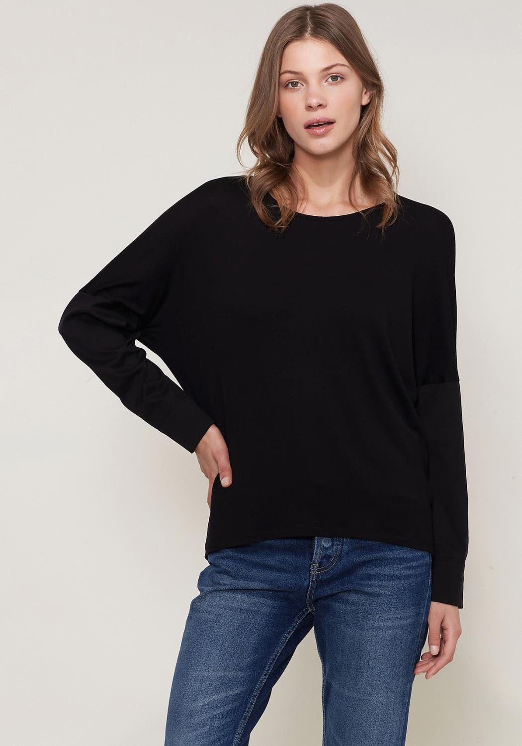 Ro&De Noir Crewneck Long Sleeve T-shirt