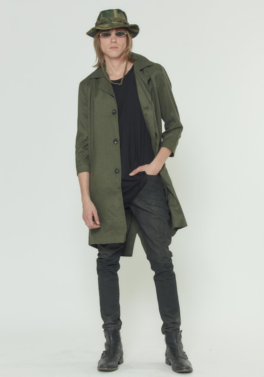 3/4 SLEEVE COAT WITH FISH TAIL