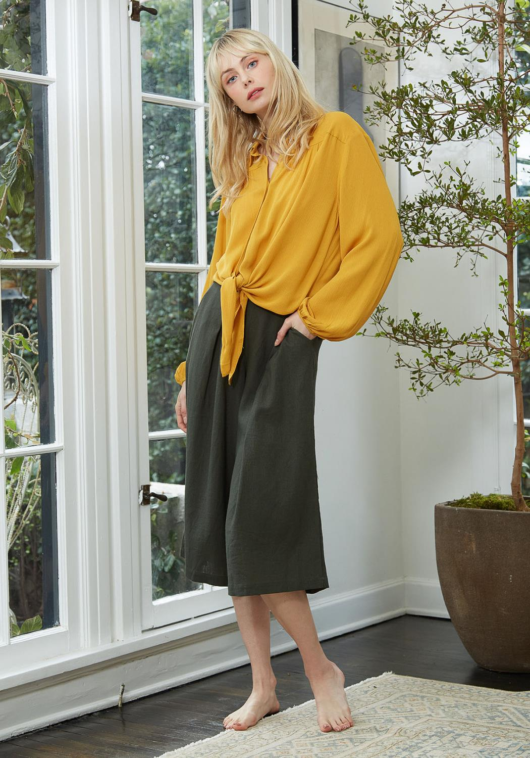 Pleione Pleated Wide Leg Capris
