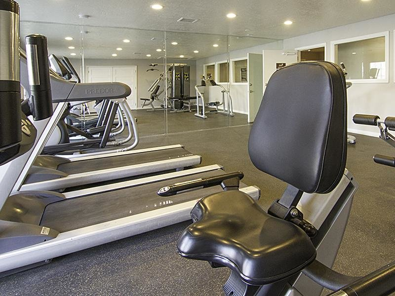 Fitness Center | Hunters Woods Apartments