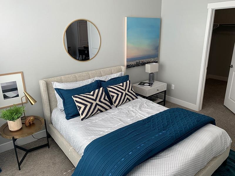 Bedroom   644 City Station