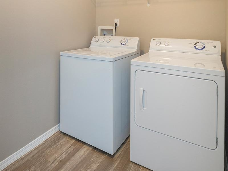 Washer & Dryer | Retreat at Cheyenne Mountain 80905 Apartments