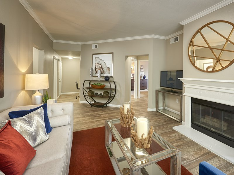 Front Room | Retreat at Cheyenne Mountain Apartments