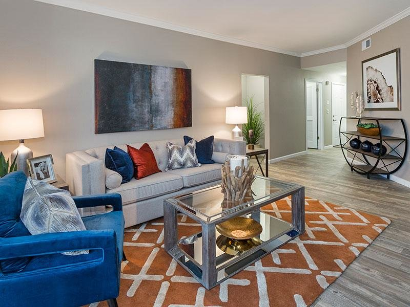 Model Living Room | Retreat at Cheyenne Mountain Apts in Colorado