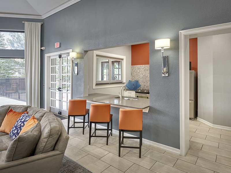 Clubhouse Interior | Retreat at Cheyenne Mountain Apartments