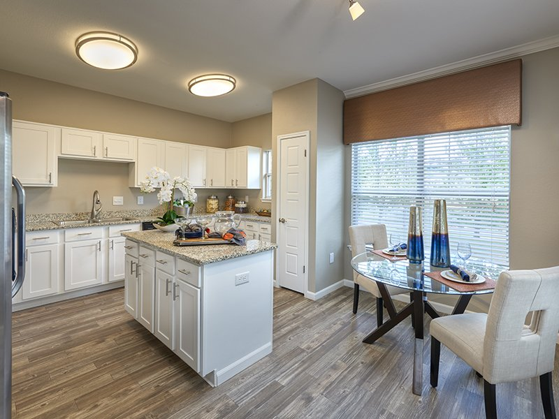 Dining Area | Retreat at Cheyenne Mountain Apartments