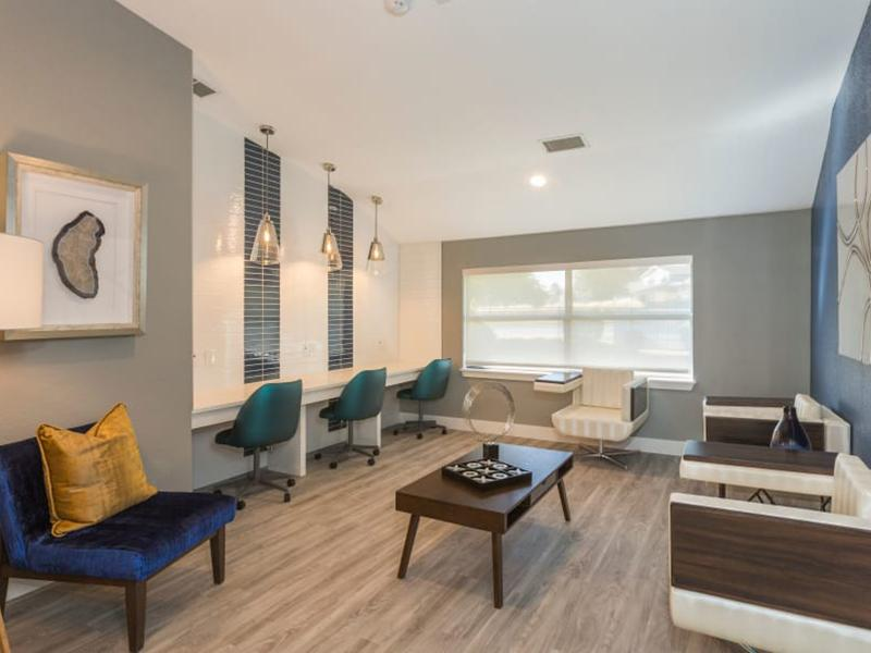 Lounge | The Preserve at City Center Aurora Apartments