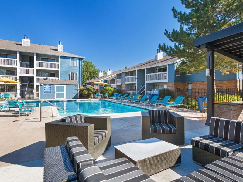 Swimming Pool | The Preserve at City Center Aurora Apartments