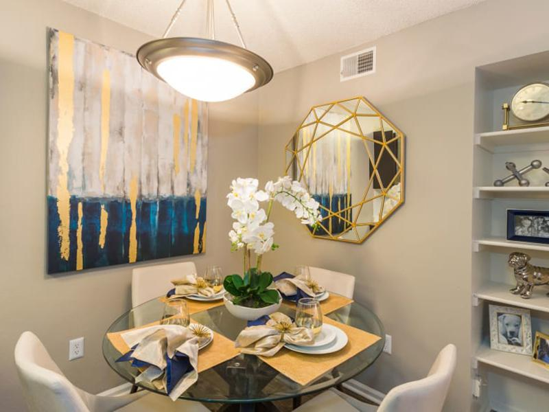 Dining Area | The Preserve at City Center Apartments in Aurora CO