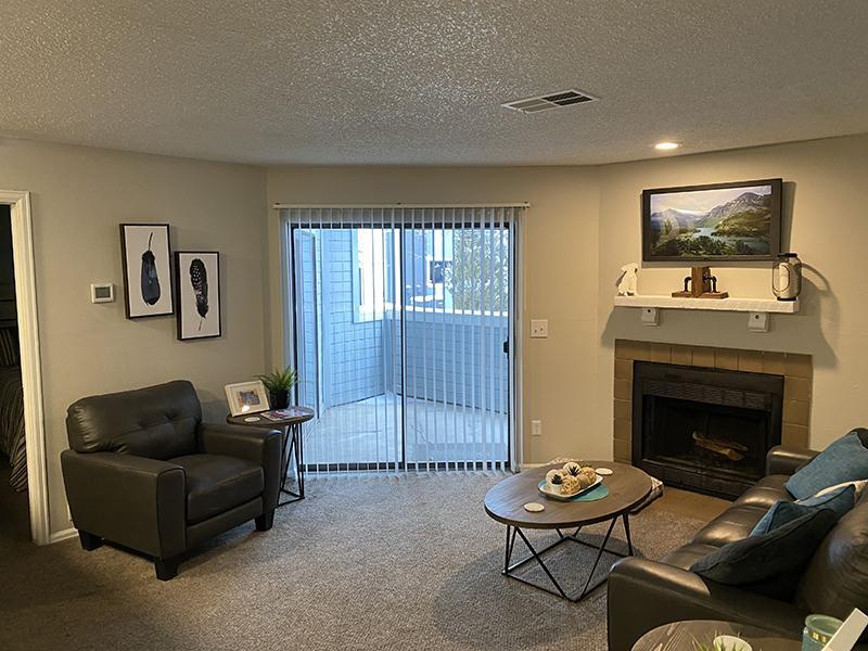Model Living Room   Cheyenne Crest