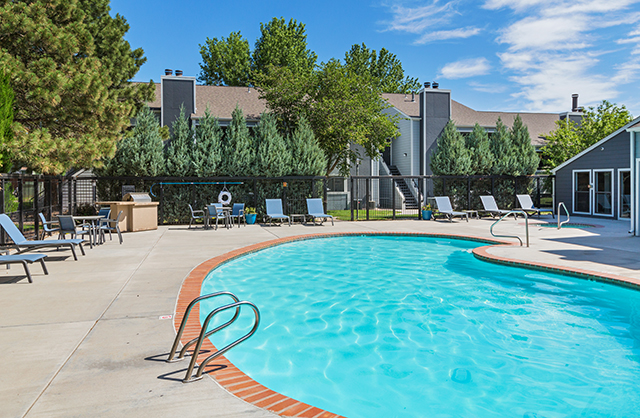 Cheyenne Crest Apartments in Colorado Springs, CO
