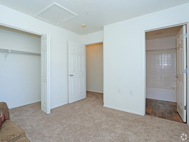 Bedroom | 1, 2 Bedroom Apartments | St. George