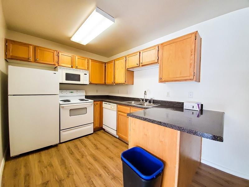 Kitchen | Oasis Palms Apartments
