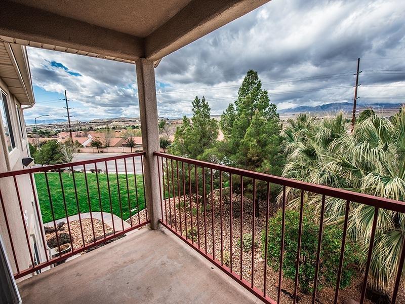 Balcony View | Oasis Palms