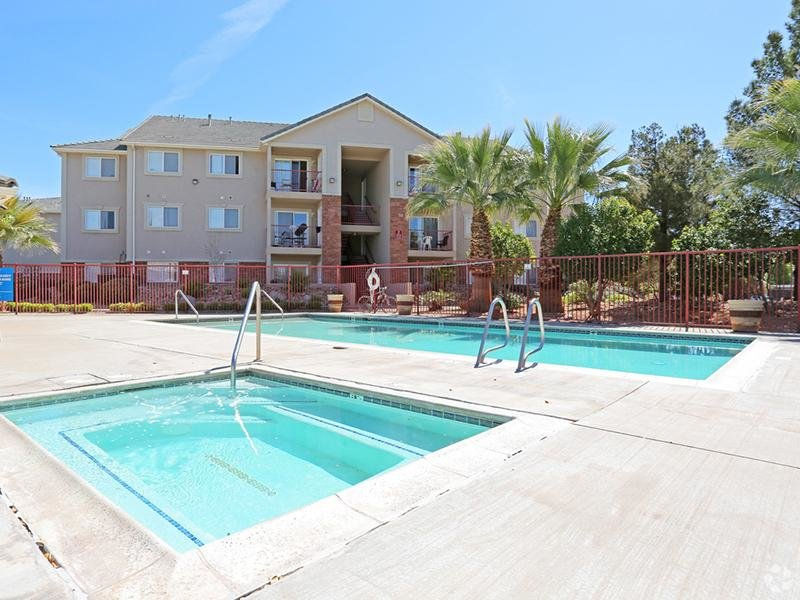 Hot Tub | Apartments with a hot tub in St. George