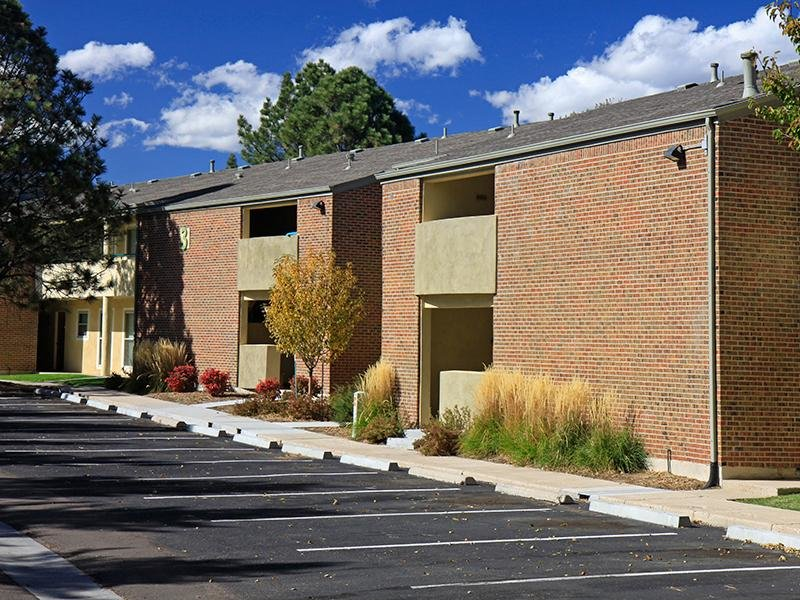 Exterior | 25 Broadmoor Apartments in Colorado Springs, CO
