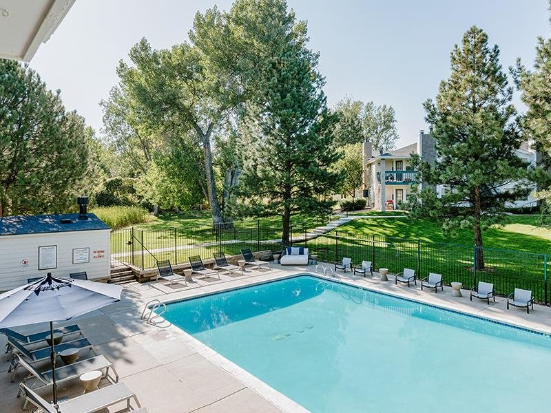 Swimming Pool | Kallisto at Bear Creek 80227 Apartments