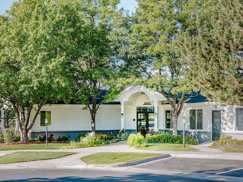 Clubhouse Entry | Kallisto at Bear Creek Apartments in Lakewood, CO