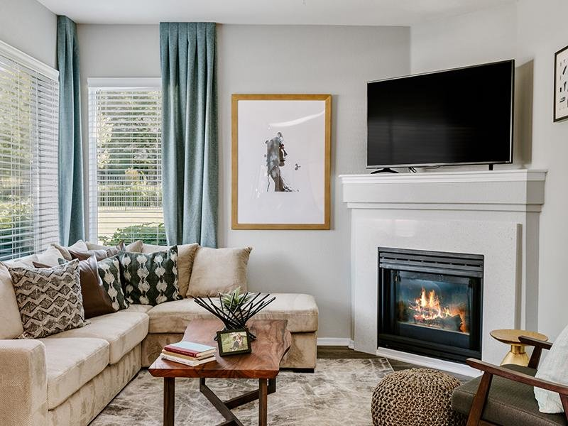 Living Room | Kallisto at Bear Creek Apartments in Lakewood CO