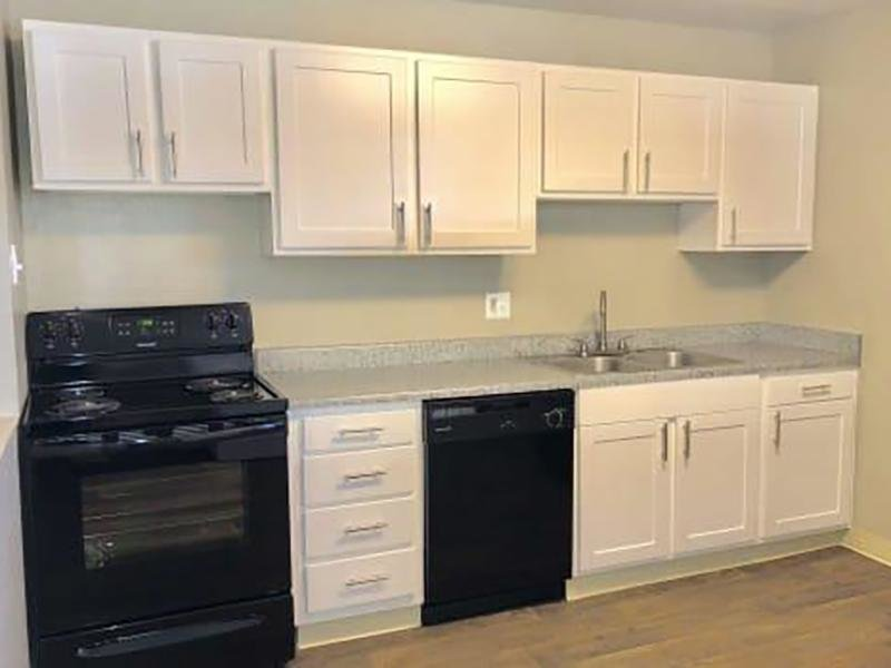Fully Equipped Kitchens | Eagle Crest Apartments