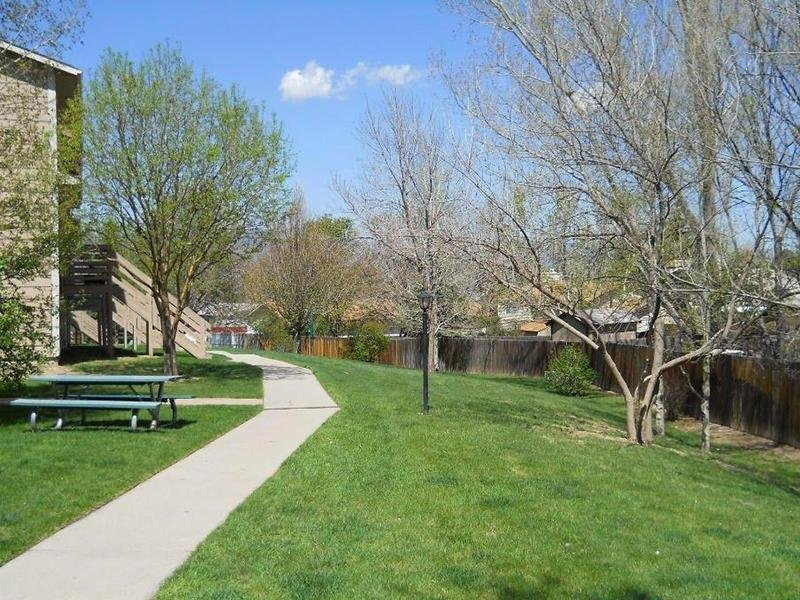 Picnic Area | Carefree Village Townhomes