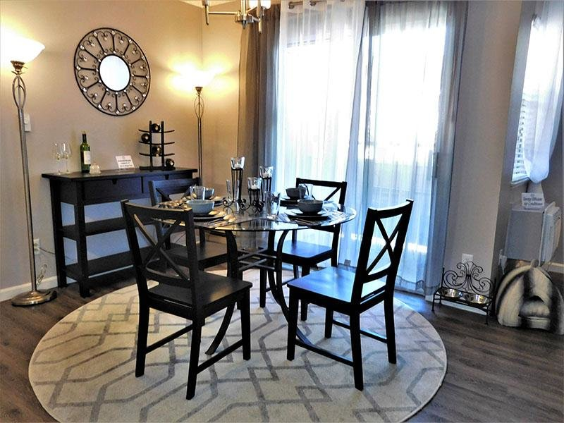 Dining Area | Cheyenne Crossing Apartments