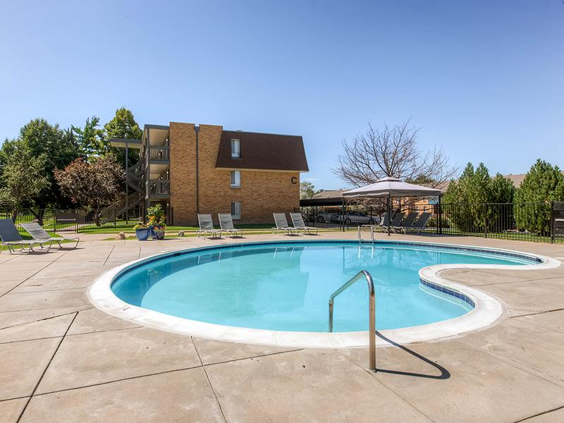 Swimming Pool | 3300 Tamarac Denver Apartments