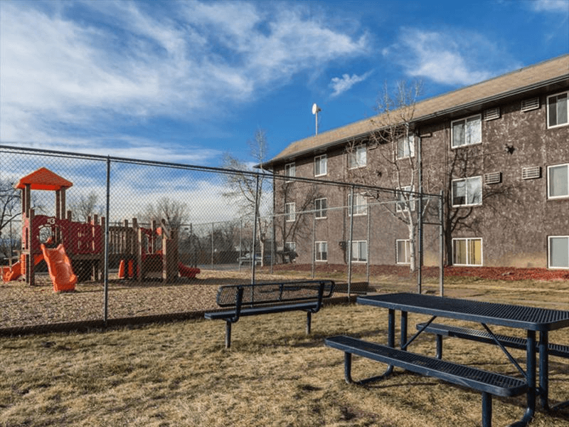 Picnic Area | Cherry Ridge Apartments