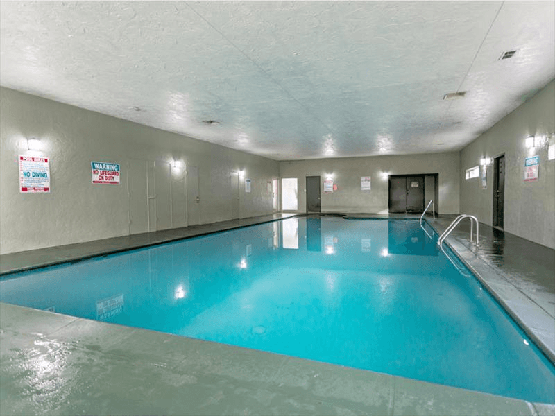 Swimming Pool | Cherry Ridge Apartments