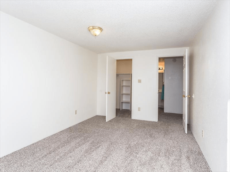 Room | Cherry Ridge Apartments